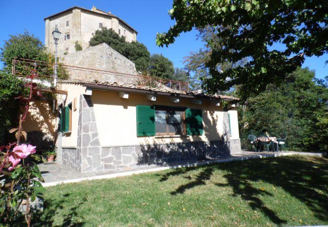 Casa en Capodimonte - Mergonara