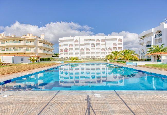 Appartement à Porches - Quinta Palmeiras 2-3 R/C-A - 6879