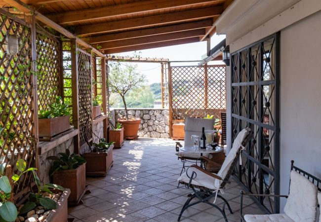 Studio à Roma - Amazing Penthouse with Terrace by Caracalla