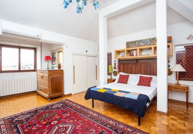 Appartement à Roma - Eur, New bright, panoramic apartment