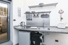Studio à Rome - The Essential - Trastevere Design Studio